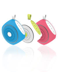 Easy speaker - action - Amazon - dangereux